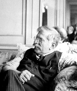Magnus_Hirschfeld_1929