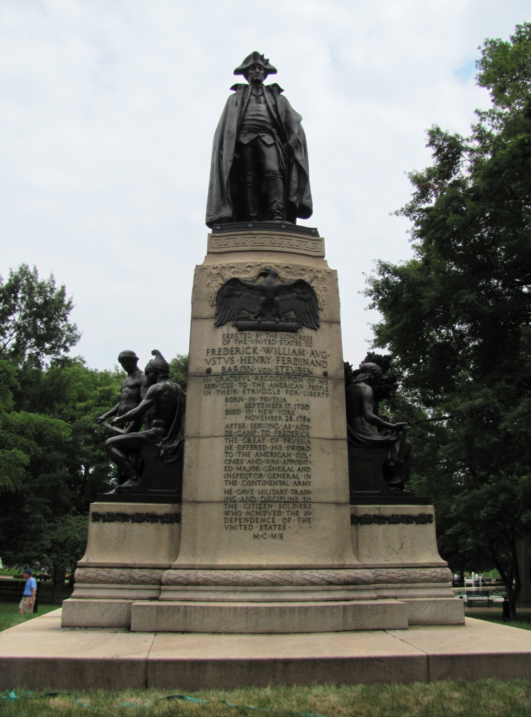baron_von_steuben_memorial_-_washington2c_d.c._-_panoramio